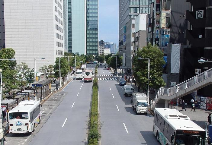 JR 品川駅東口周辺道路